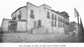 PALACETE DOS DUQUES DE LAFÕES - LARGO DO CORPO DA GUARDA - AS CAVALARIÇAS FORAM O PRIMEIRO TEATRO DO PORTO INAUGURADO EM 1762